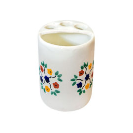 Toothbrush holder with colorful flowers